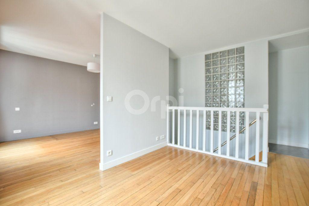 Appartement à louer 5 150m2 à Paris 15 vignette-16