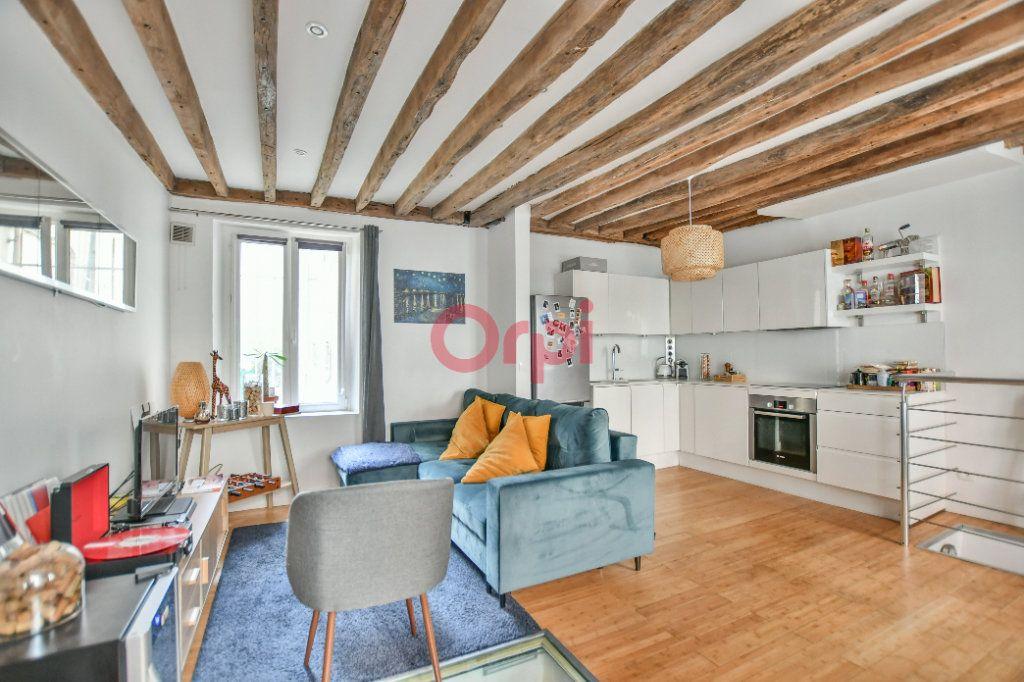 Appartement à louer 2 42.24m2 à Paris 15 vignette-1