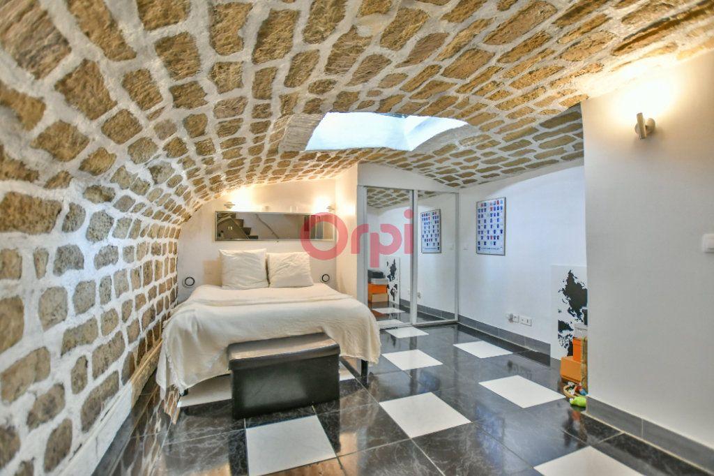 Appartement à louer 2 42.24m2 à Paris 15 vignette-6