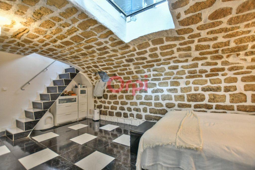 Appartement à louer 2 42.24m2 à Paris 15 vignette-10