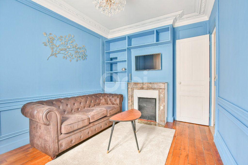 Appartement à louer 2 30.57m2 à Paris 15 vignette-5