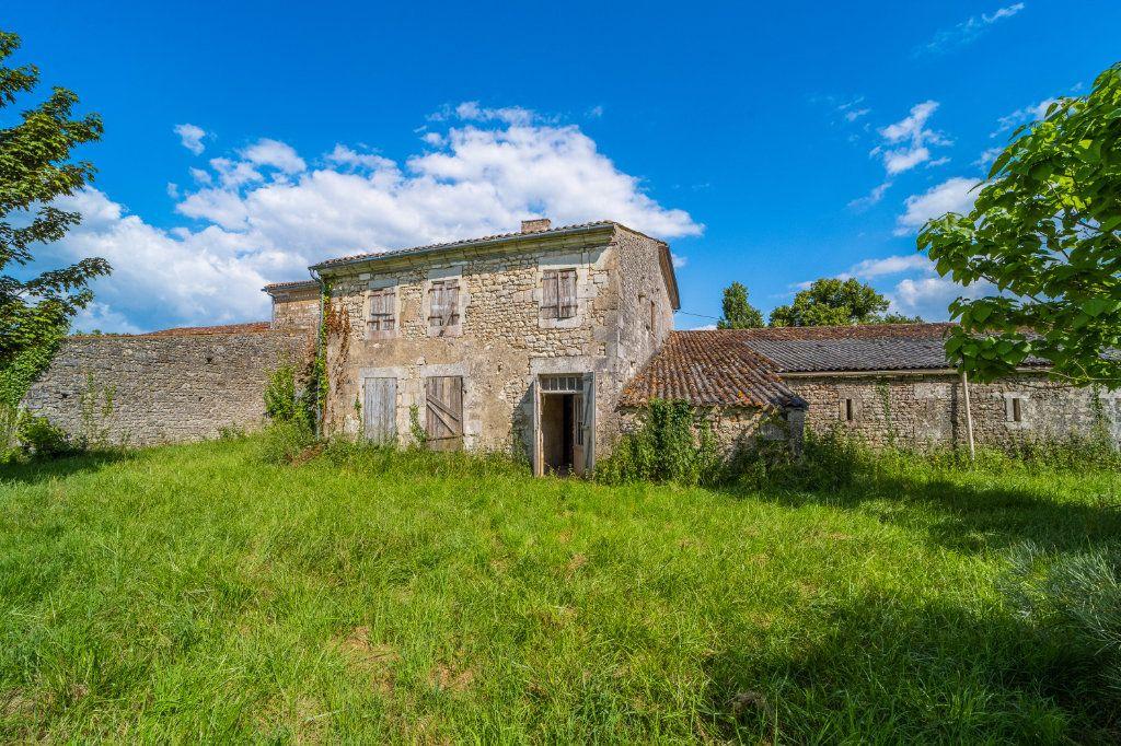 Maison à vendre 15 600m2 à Sainte-Gemme vignette-4