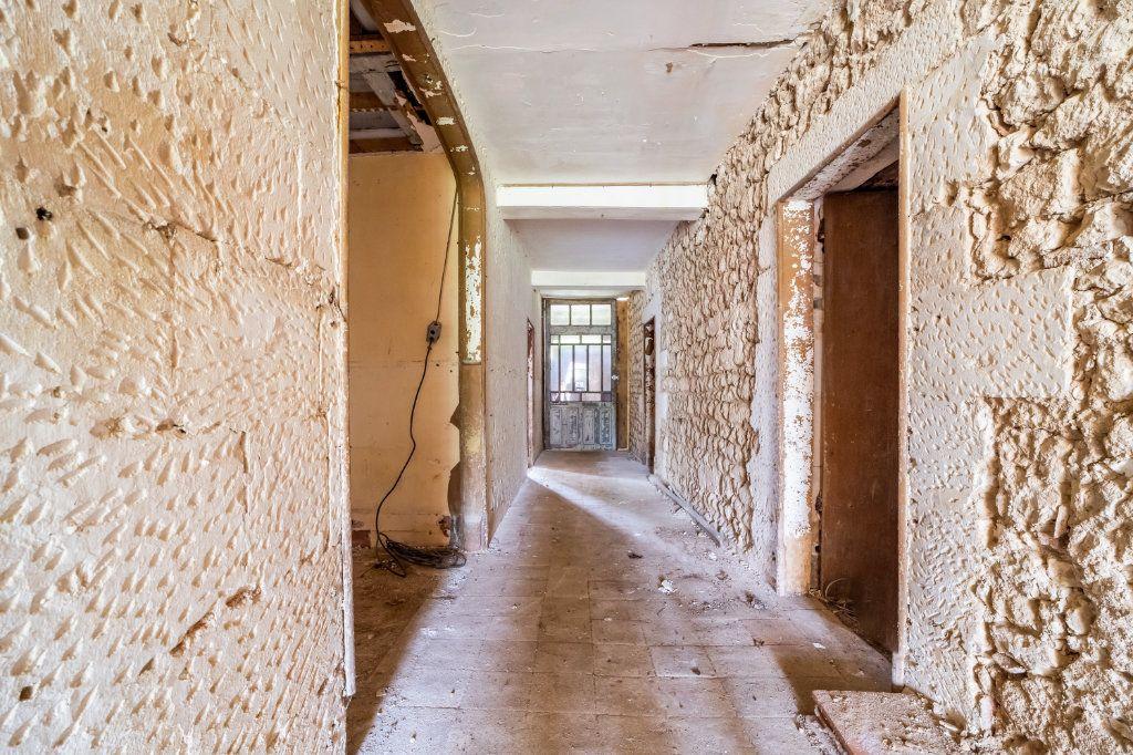 Maison à vendre 15 600m2 à Sainte-Gemme vignette-9