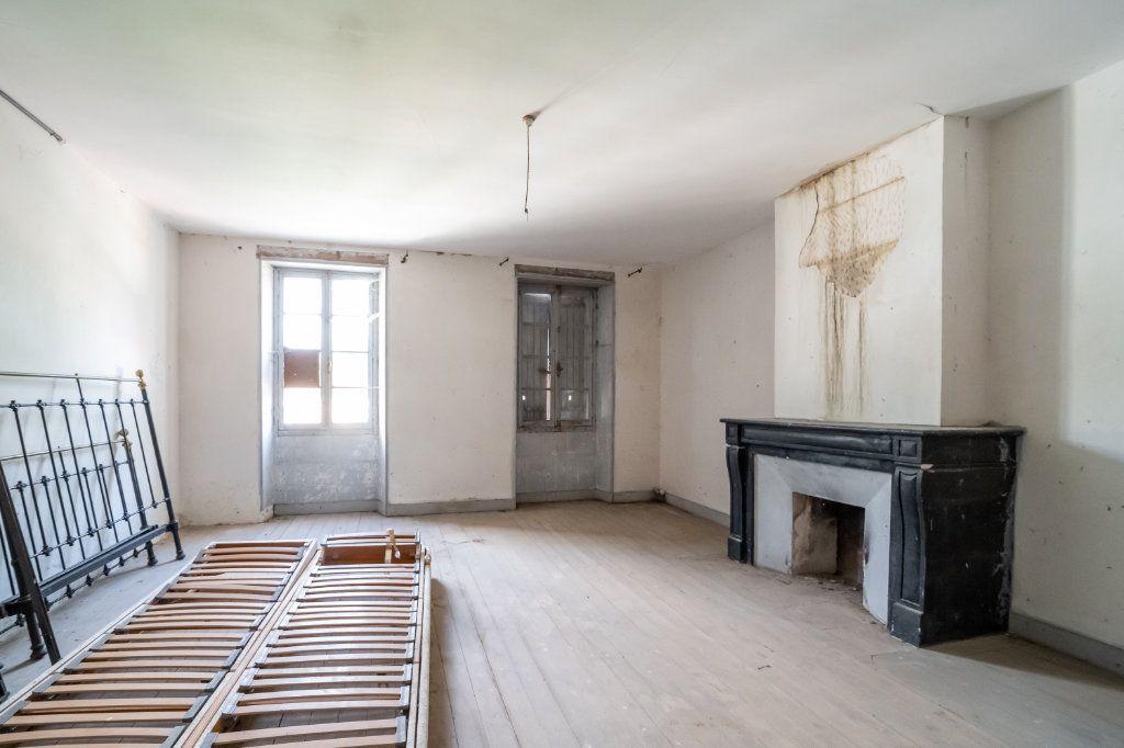 Maison à vendre 15 600m2 à Sainte-Gemme vignette-12
