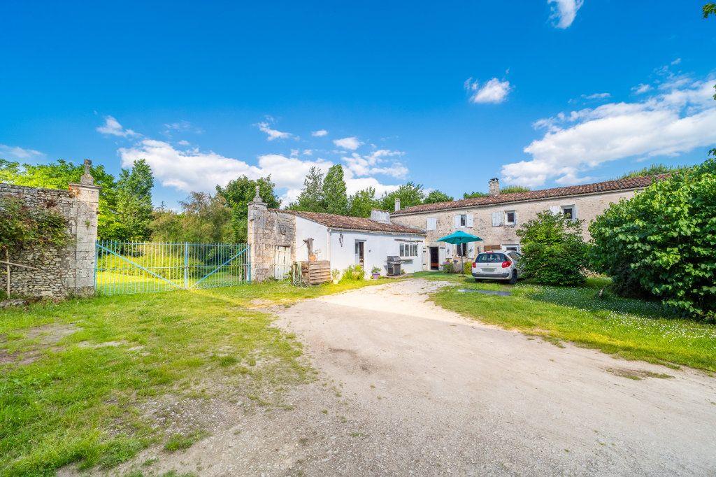 Maison à vendre 15 600m2 à Sainte-Gemme vignette-15