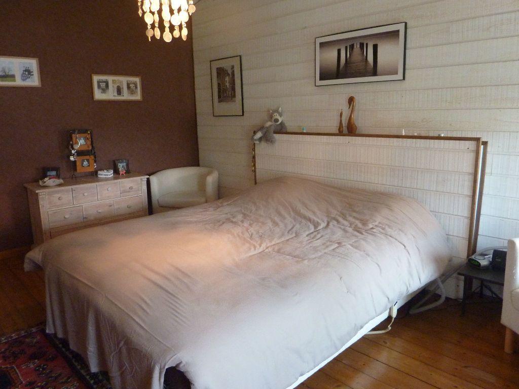 Maison à vendre 9 290m2 à Saint-Savinien vignette-11