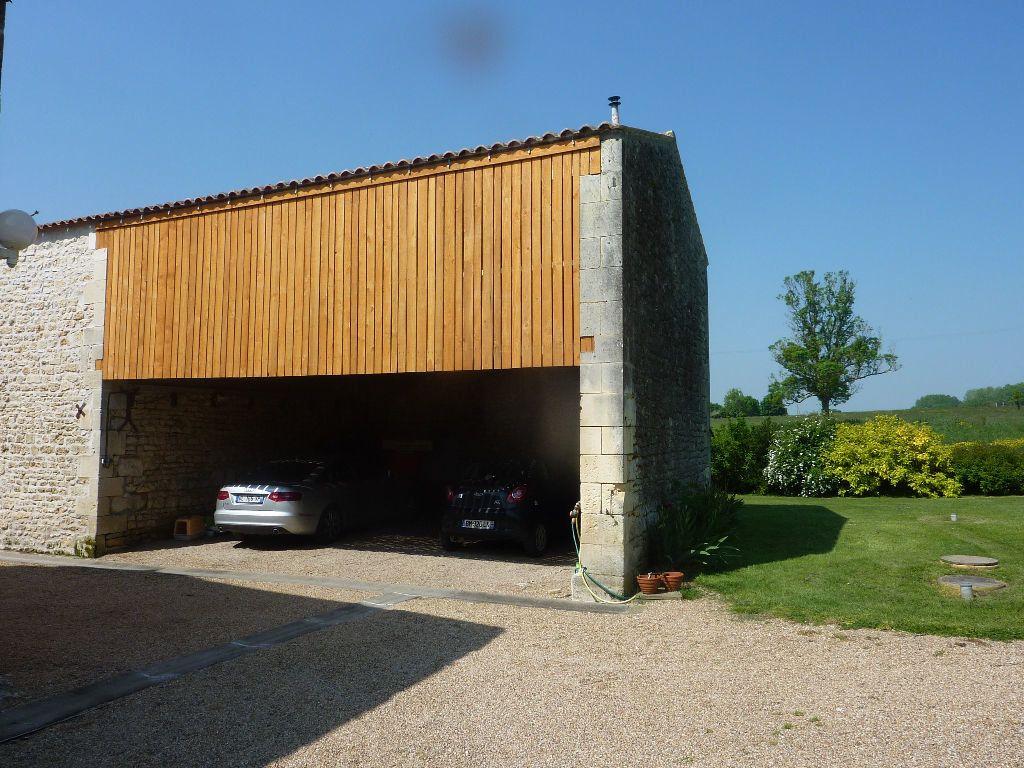 Maison à vendre 9 290m2 à Saint-Savinien vignette-12