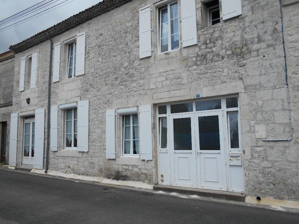 Maison à vendre 7 139m2 à Pont-l'Abbé-d'Arnoult vignette-2