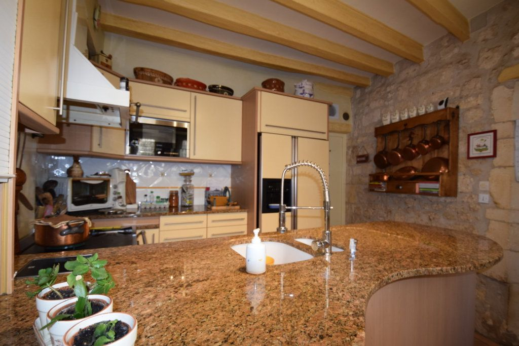 Maison à vendre 7 139m2 à Pont-l'Abbé-d'Arnoult vignette-5