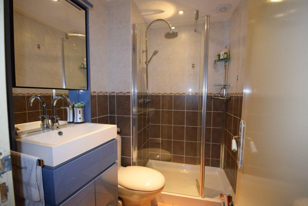 Maison à vendre 7 139m2 à Pont-l'Abbé-d'Arnoult vignette-7