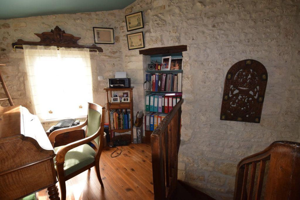 Maison à vendre 7 139m2 à Pont-l'Abbé-d'Arnoult vignette-8