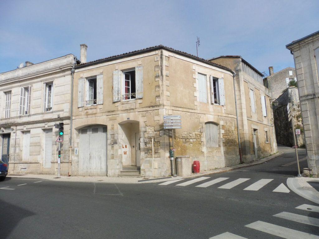 Maison à vendre 5 123m2 à Saint-Savinien vignette-10