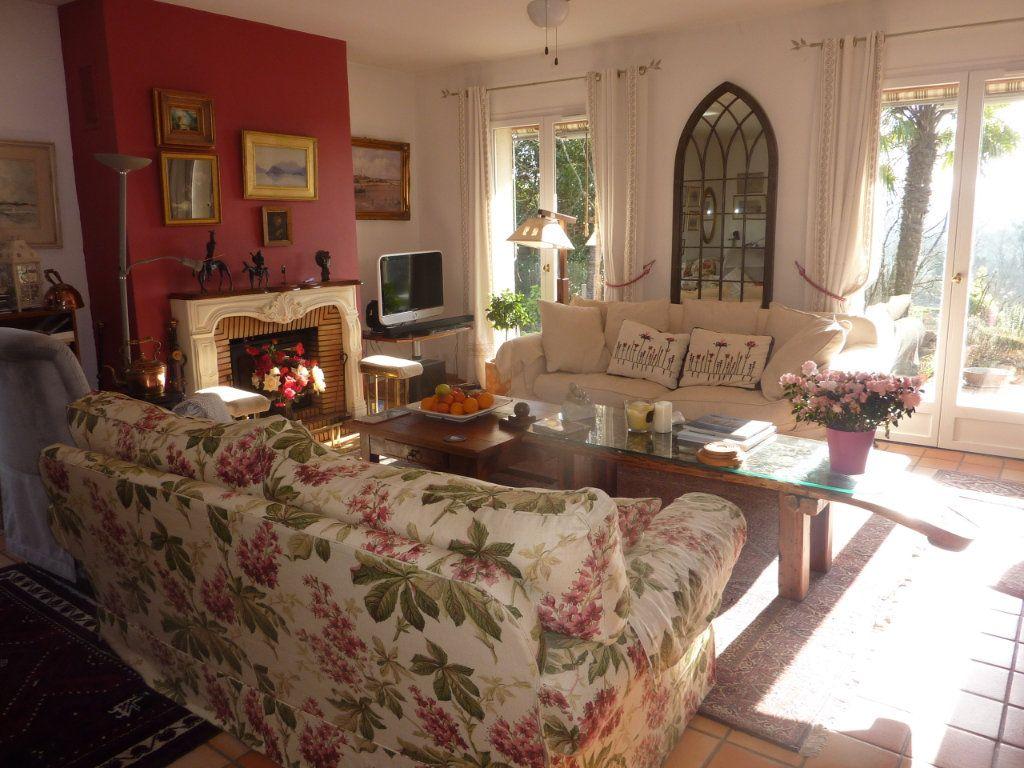 Maison à vendre 8 156m2 à Taillebourg vignette-2
