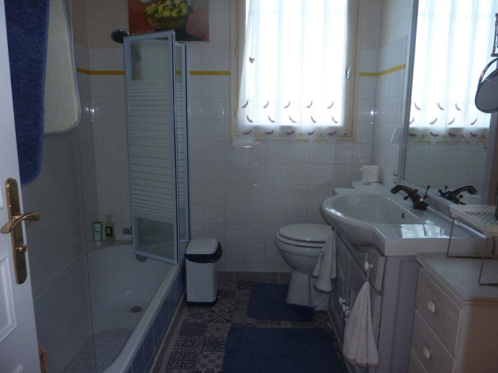Maison à vendre 8 156m2 à Taillebourg vignette-6