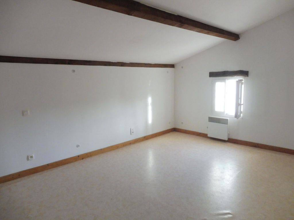 Maison à vendre 5 176m2 à Saint-Savinien vignette-6