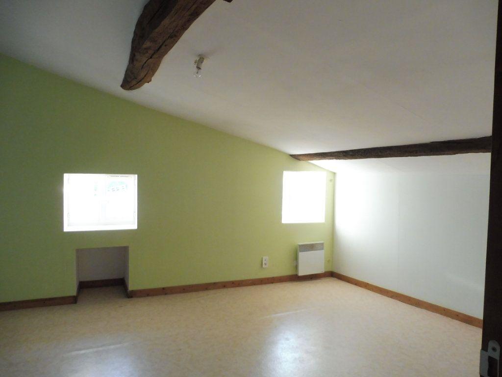 Maison à vendre 5 176m2 à Saint-Savinien vignette-7
