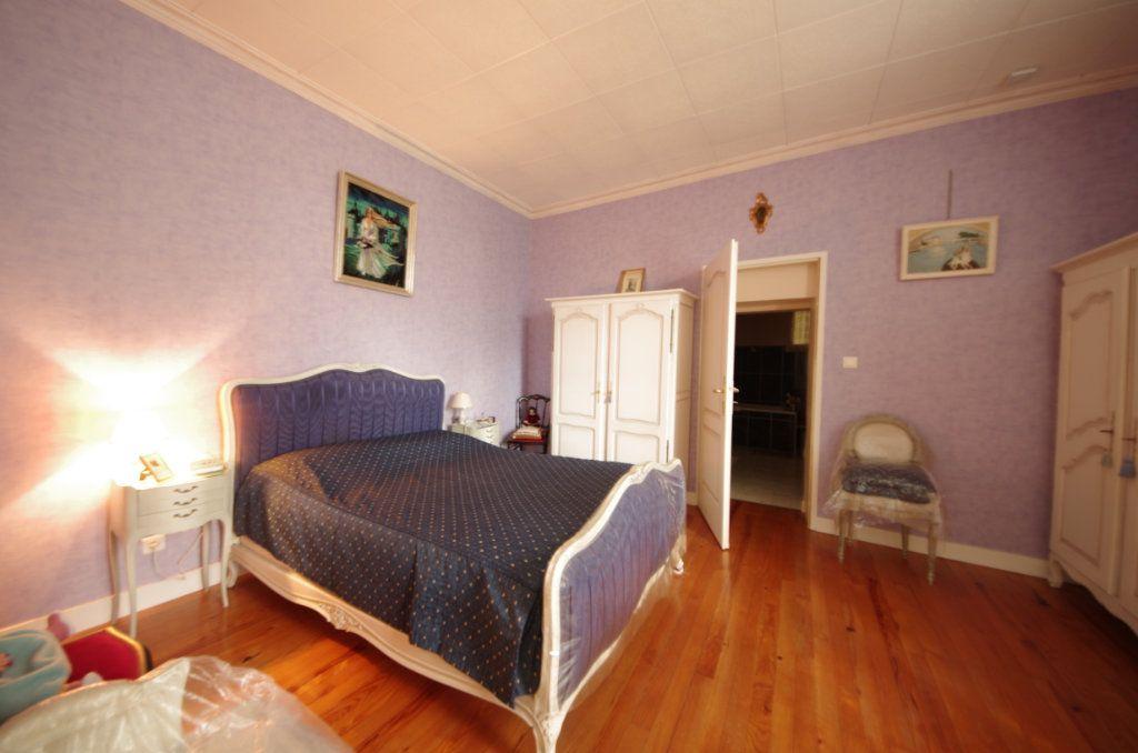 Maison à vendre 5 140m2 à Taillebourg vignette-3