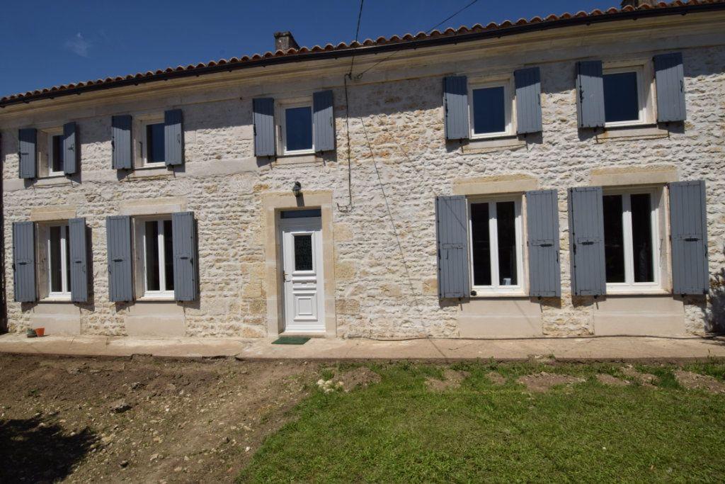 Maison à vendre 9 259.89m2 à Champdolent vignette-1