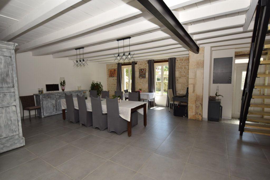 Maison à vendre 9 259.89m2 à Champdolent vignette-5