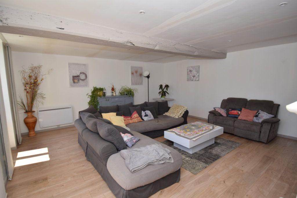 Maison à vendre 9 259.89m2 à Champdolent vignette-8