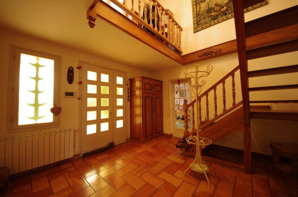 Maison à vendre 8 230m2 à Saint-Vaize vignette-10