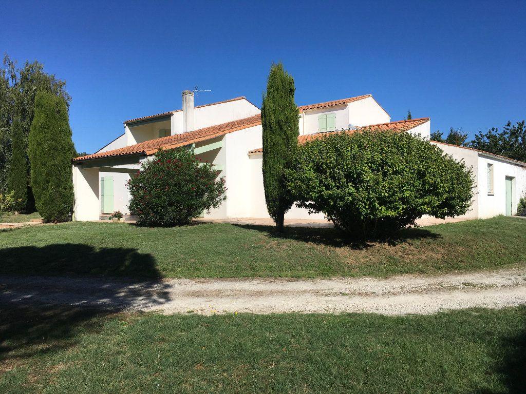 Maison à vendre 8 230m2 à Saint-Vaize vignette-12