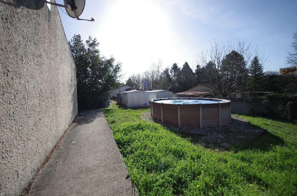 Maison à vendre 5 105m2 à Louzac-Saint-André vignette-9