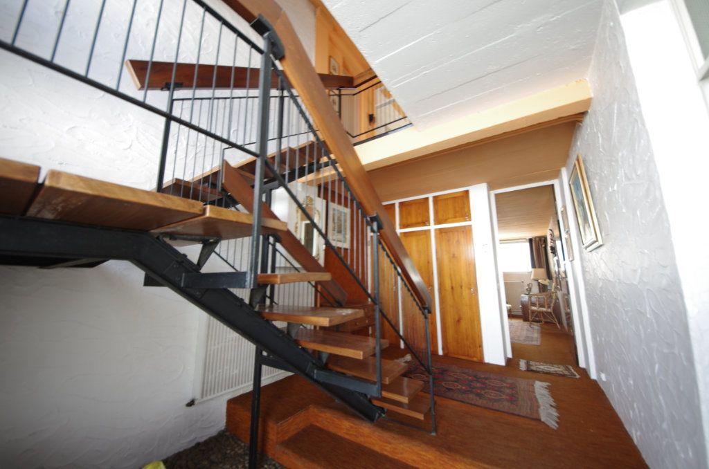 Maison à vendre 8 170m2 à Saintes vignette-1