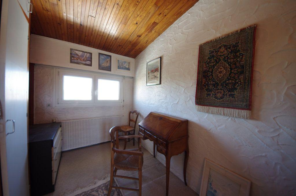 Maison à vendre 8 170m2 à Saintes vignette-10