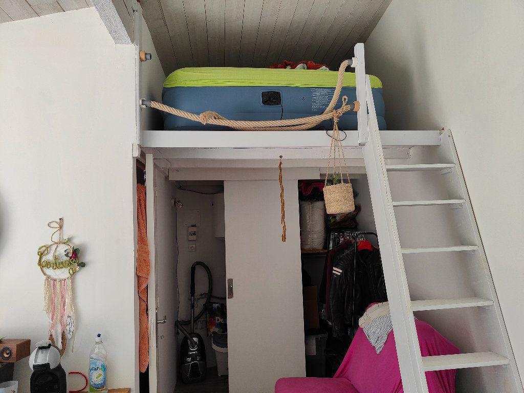 Appartement à louer 1 15m2 à Fontcouverte vignette-2