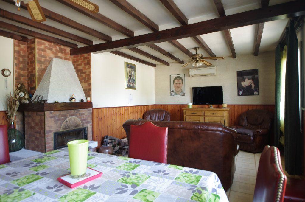 Maison à vendre 4 80m2 à Saint-Savinien vignette-2