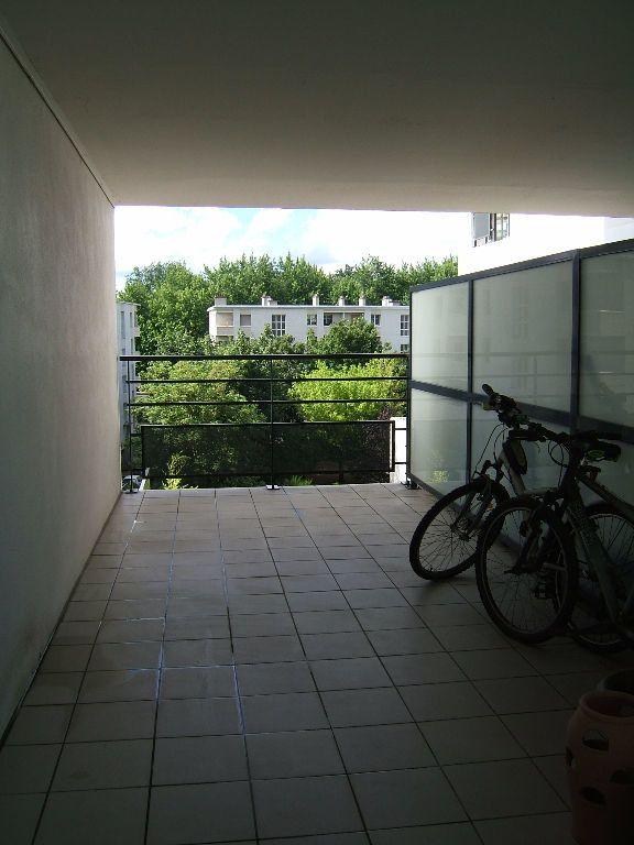Appartement à louer 3 72m2 à Tours vignette-5