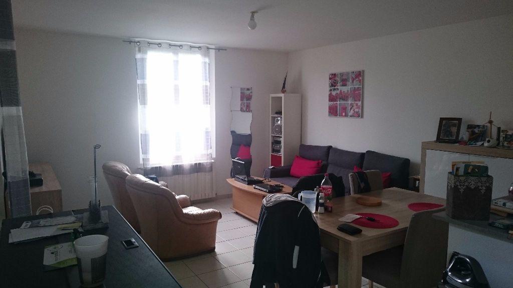 Appartement à louer 2 60m2 à Rochecorbon vignette-1