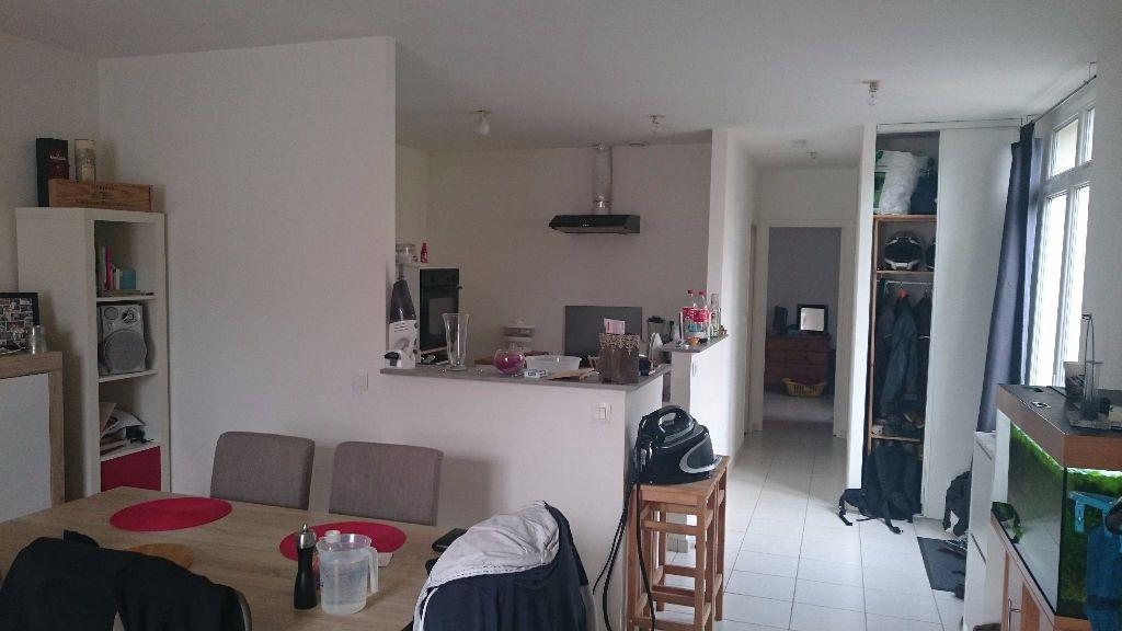 Appartement à louer 2 60m2 à Rochecorbon vignette-4
