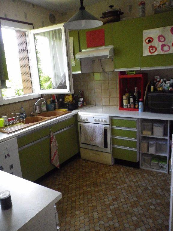 Maison à louer 6 145.32m2 à La Ville-aux-Dames vignette-3