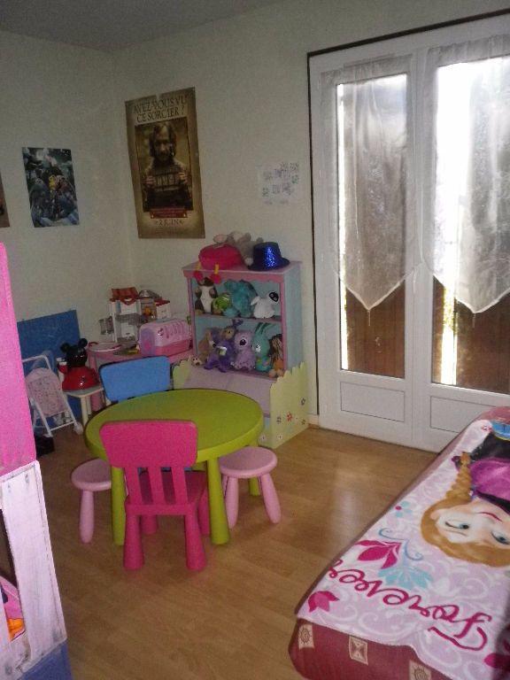 Maison à louer 6 145.32m2 à La Ville-aux-Dames vignette-4
