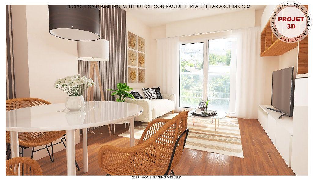Appartement à vendre 3 65m2 à Saint-Pierre-des-Corps vignette-1