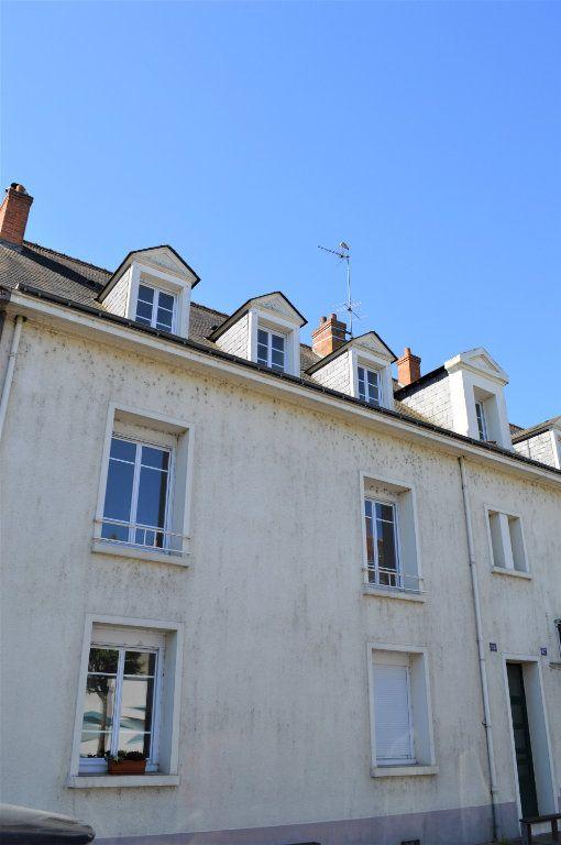 Appartement à vendre 3 65m2 à Saint-Pierre-des-Corps vignette-9