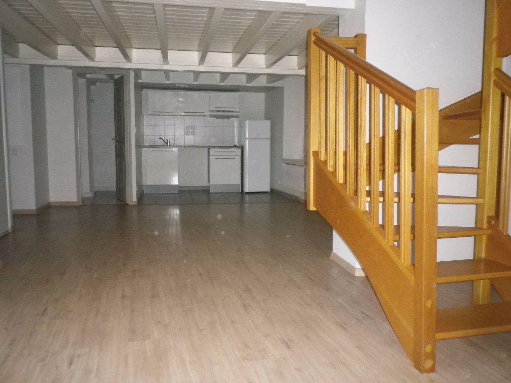 Appartement à vendre 4 75m2 à Tours vignette-2
