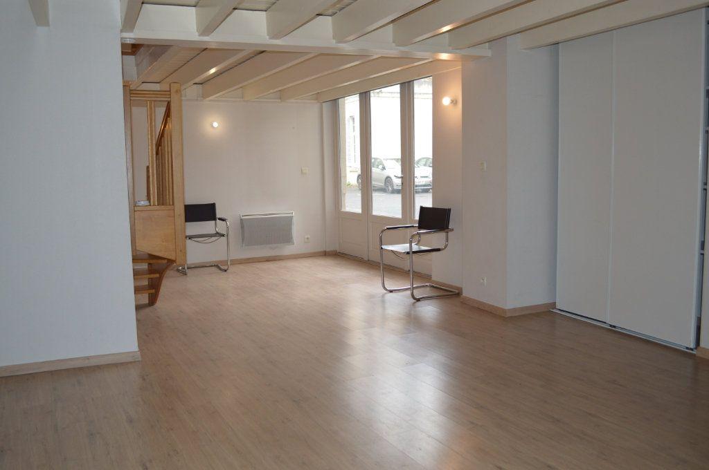 Appartement à vendre 4 75m2 à Tours vignette-3