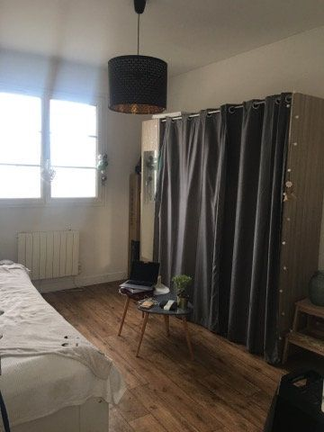 Appartement à louer 1 25m2 à Saint-Pierre-des-Corps vignette-3