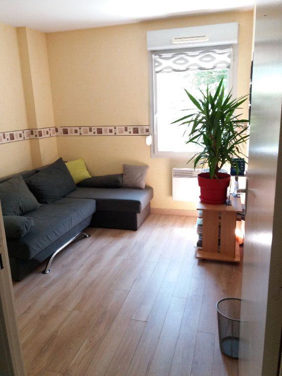 Appartement à vendre 3 62m2 à Joué-lès-Tours vignette-1