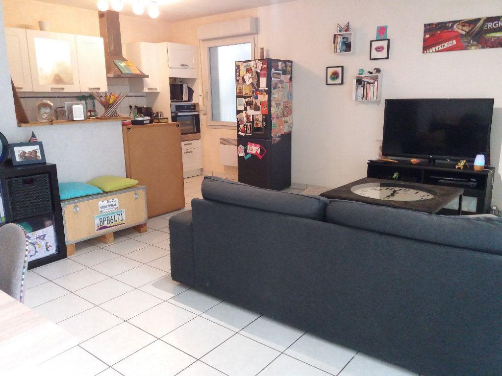 Appartement à vendre 3 62m2 à Joué-lès-Tours vignette-5