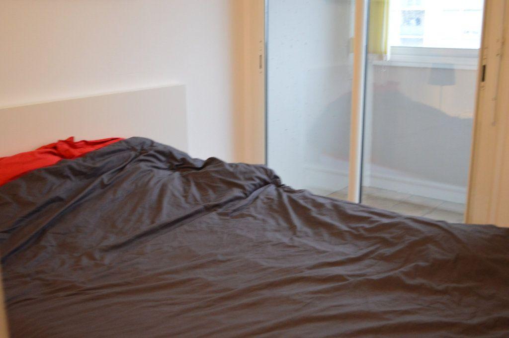 Appartement à louer 2 55.78m2 à Saint-Pierre-des-Corps vignette-5