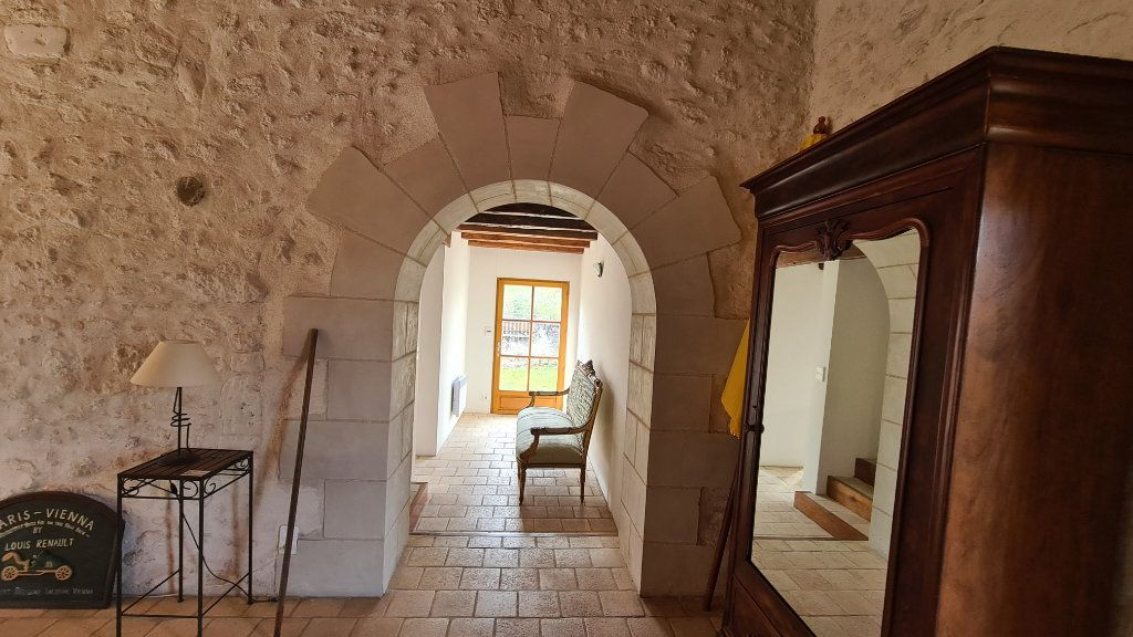 Maison à vendre 8 170m2 à Bléré vignette-4