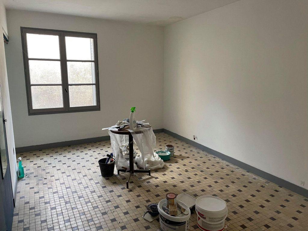 Appartement à vendre 3 130m2 à Amboise vignette-6