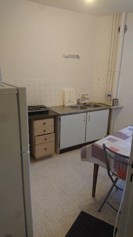 Appartement à louer 2 44.91m2 à Tours vignette-2