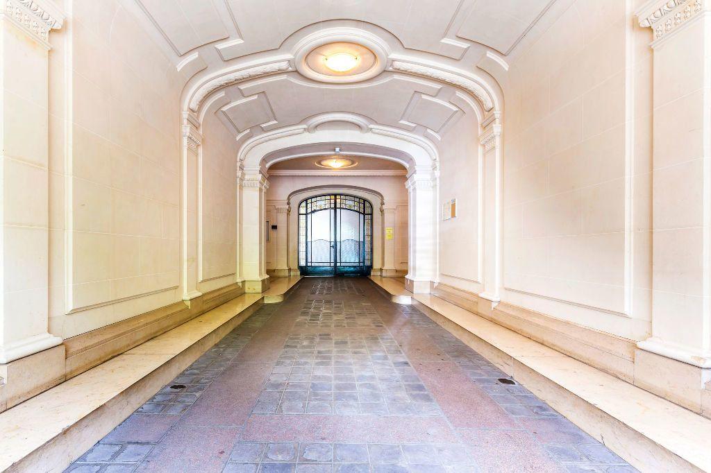 Appartement à louer 2 35.61m2 à Paris 7 vignette-8