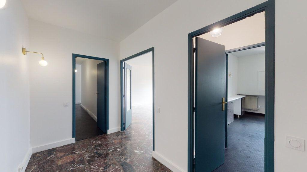 Appartement à louer 4 93.65m2 à Perpignan vignette-5