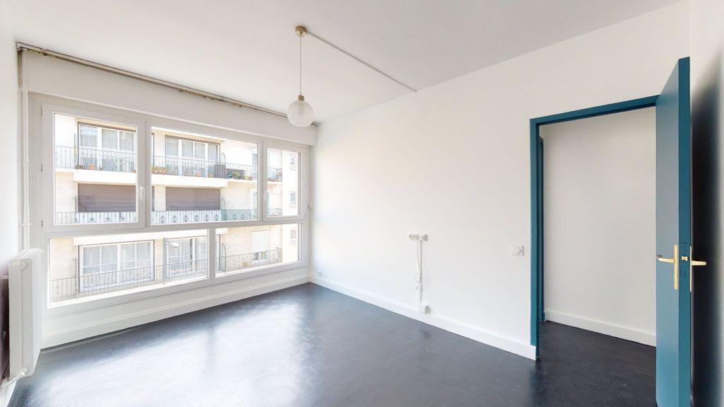 Appartement à louer 4 93.65m2 à Perpignan vignette-6
